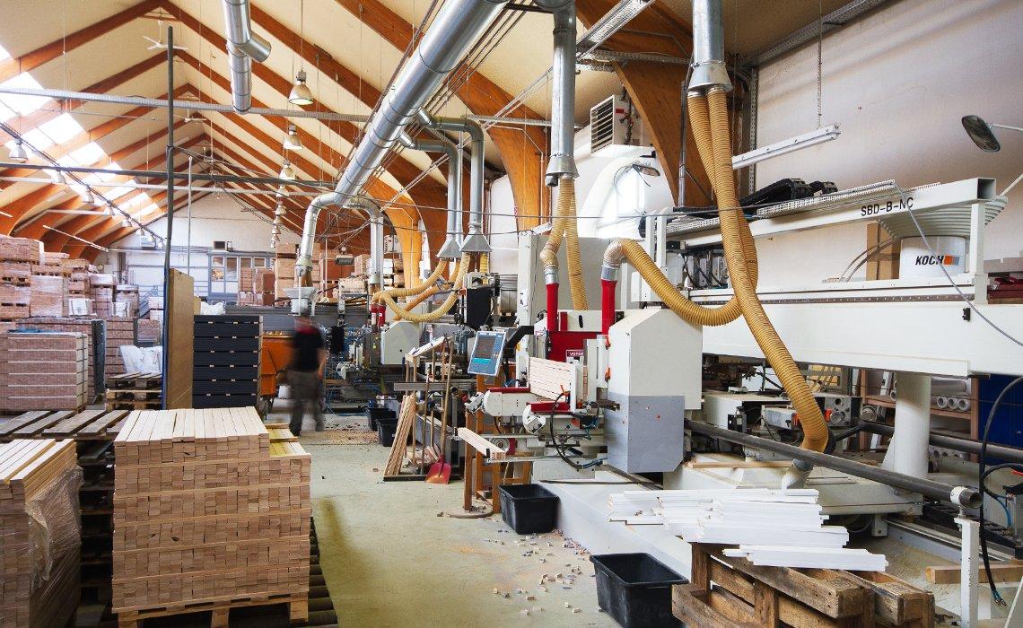 Rj furniture mbelindustrie hd timber dr hake dwel gmbh for Maison du monde barcelona